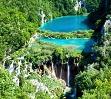 10-те най-изключителни, необикновени и загадъчни езера в света