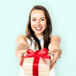 Психологията зад даряването на подарък