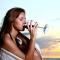 Умерена консумация на алкохол = по-добър живот - Редовната консумация на вино подобрява качеството на живот, според проучване.