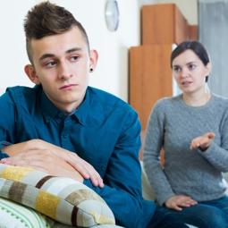 10 безкомпромисни правила, ако имате тийнейджър у дома