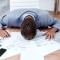 Какво струва продължителният работен ден? - Като какъв се определяте: като човек, който обича да работи или обратното?